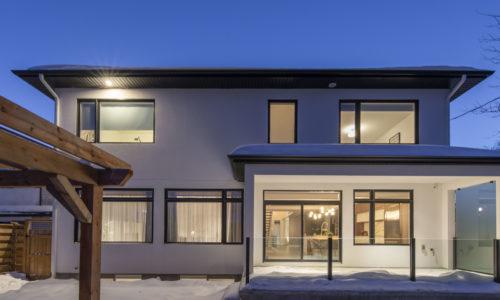 751 Courtenay Avenue Property